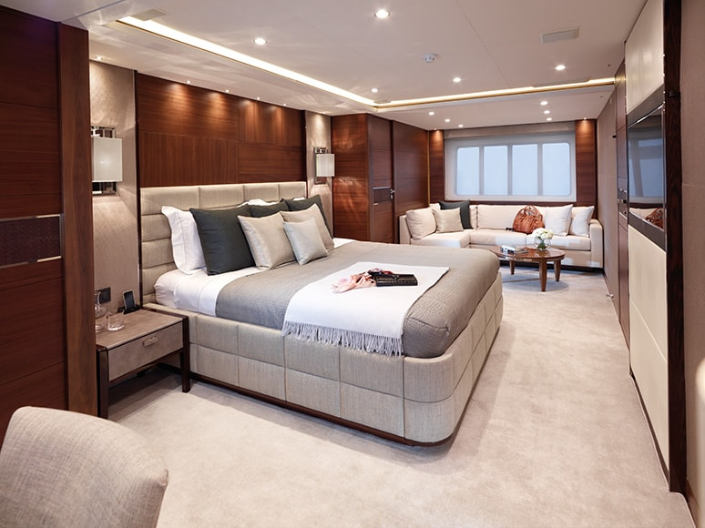 yatch-bedroom